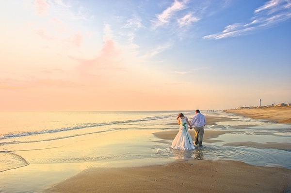 Making Plans for a Wedding on the Outer Banks